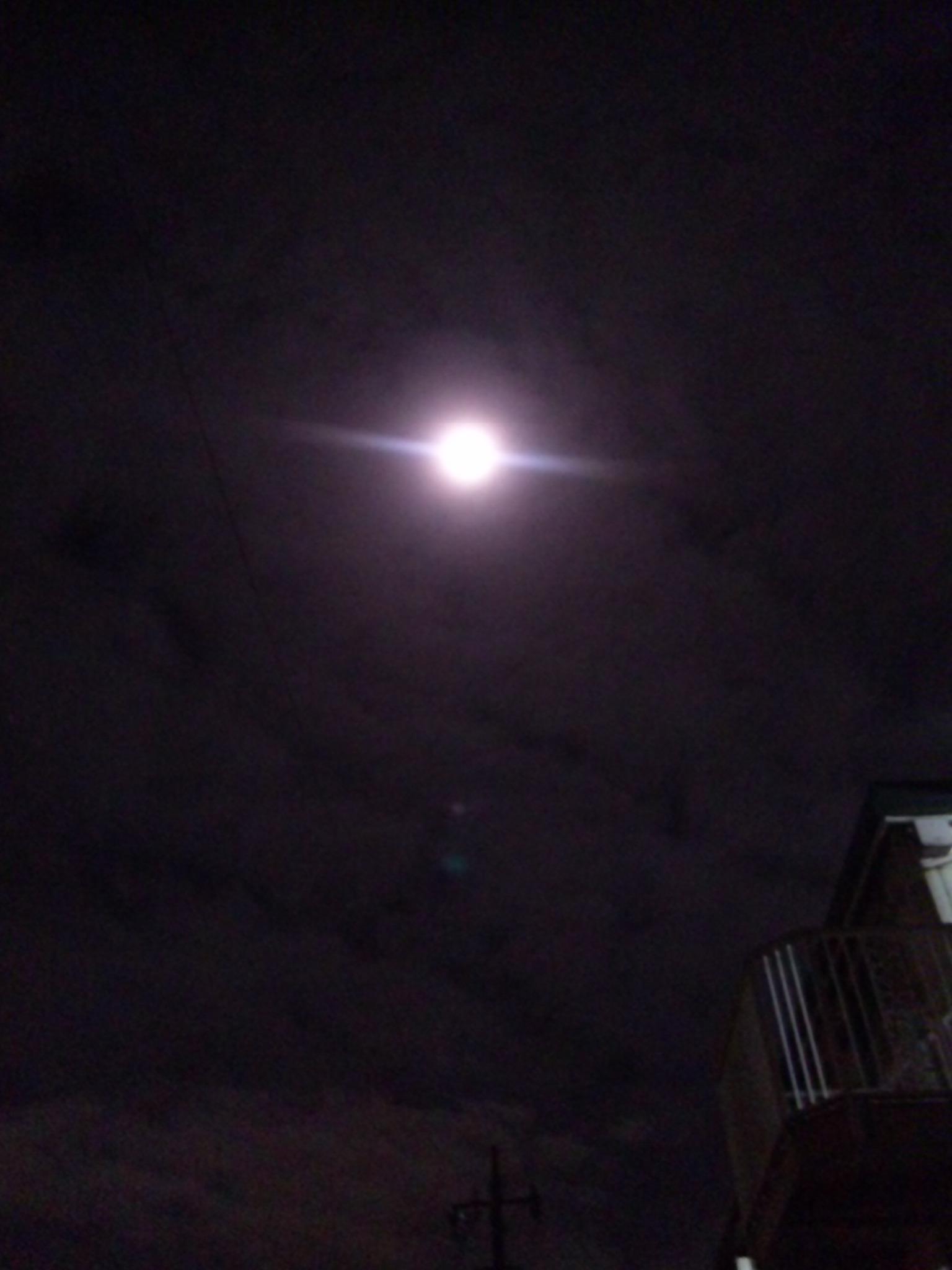 雨のち…満月